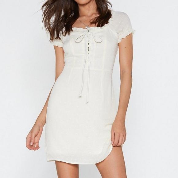 Nasty Gal Dresses & Skirts - Pretty white dress